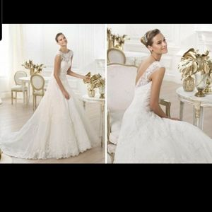 Pronovias Lenit wedding dress